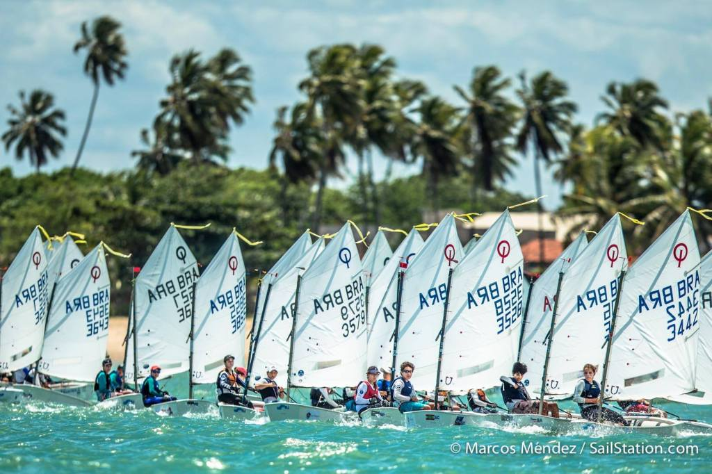 Flotilha Amarela - foto de Marcos Méndez / Sailstation.com