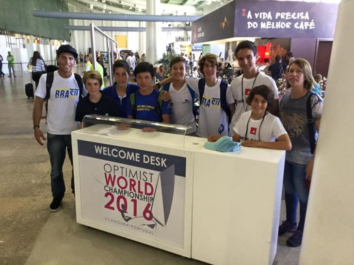 Chegada da equipe brasileira no Aeroporto de Faro (próximo a Vilamoura)