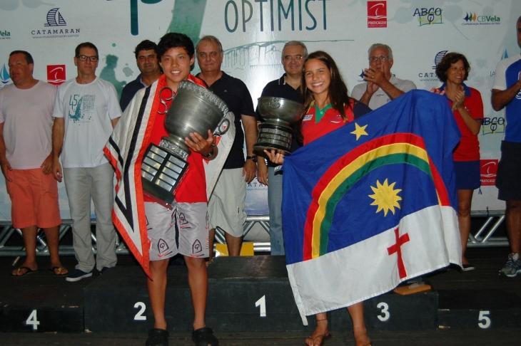 Nicolas Bernal (campeão masculino) e Marina da Fonte (campeã feminina)