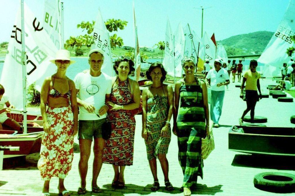 Marina Zenobio, José e Lucy Aguirre, Regina Carneiro e Maria Helena Zaslawski.